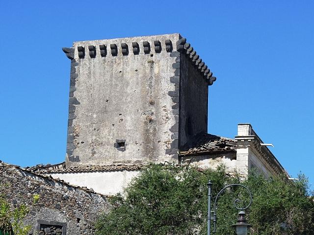 Giardini Naxos castle