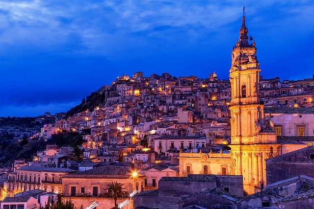 Modica-blue-hour