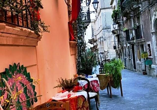 Ortigia-alley