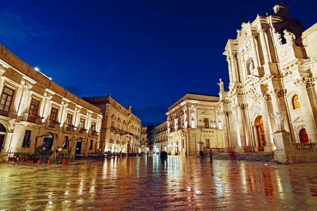 Piazza Duomo-Ortigia-Syracuse