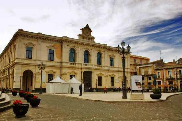 municipalpalace-palazzoloacreide