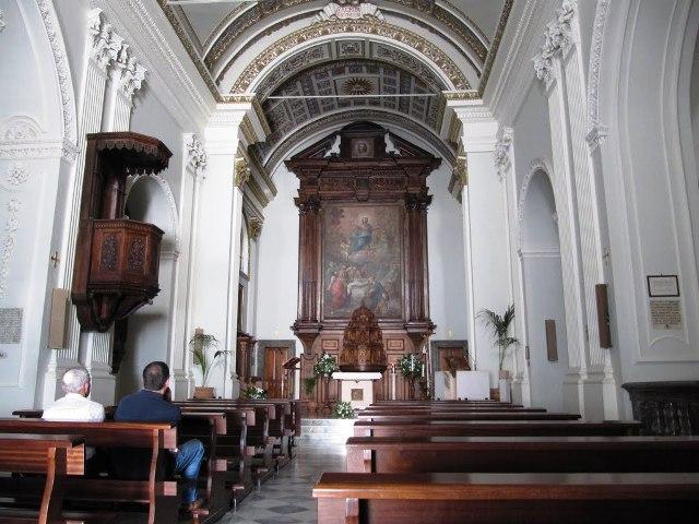 gibilmanna- sanctuary-interior
