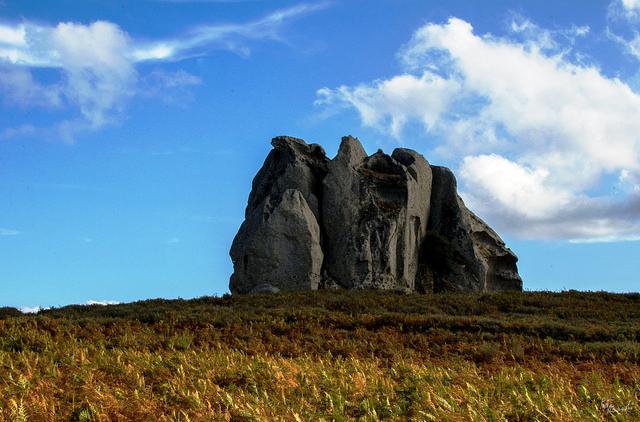 megaliths montalbano elicona